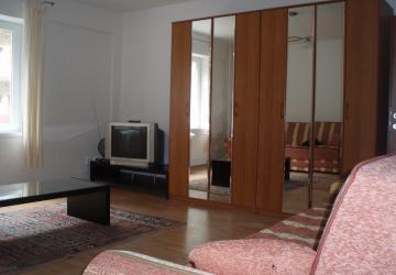 Reality Prenájom 1-izbového bytu
