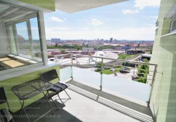 Reality Exkluzívny trojizbový byt s výhľadom na Bratislavu
