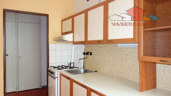 Reality Na predaj 2 izbový byt v Trenčianskych Tepliciach, 54 m2