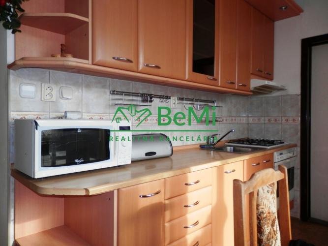 Reality Prenájom - 3 izb. bytu, Nitra, Golianova ul. (231-213-DZ)