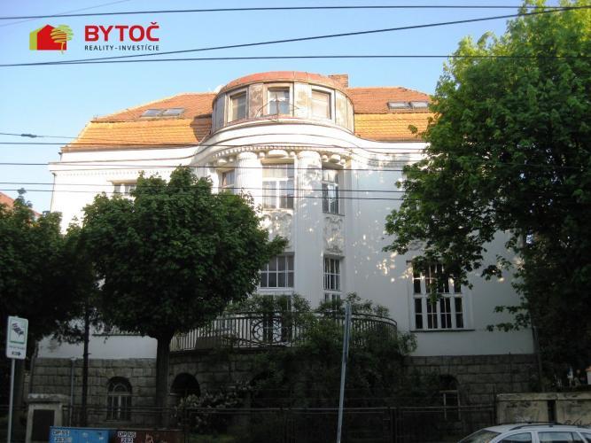 Reality BYTOČ RK - Exkluzívny mezonetový byt Palisády - BA Staré mesto