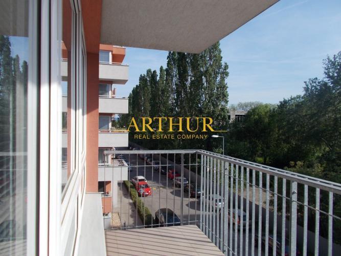 Reality 4izb. Byt, 136m2, tehla, BD zateplený, novostavba, 2x parking, 2x kúpeľňa, balkón 16m2, výťah