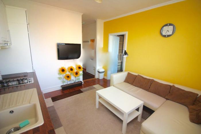 Reality COMFORT LIVING ponúka - Kompletne zrekonštruovaný 2 izbový byt na Rumančekovej ulici