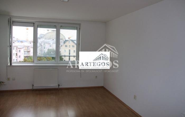 Reality 3 izb byt v novostavbe 90 m2