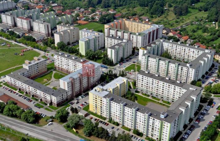 Reality Súrne hľadám 4-izbový byt v Martine - Sever