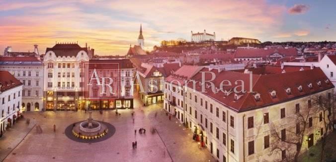Reality Súrne hľadám 3-izbový byt Bratislava-Staré mesto komplet.rekonštrukcia