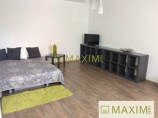 Reality 1- izbový byt na  Rustaveliho ulici