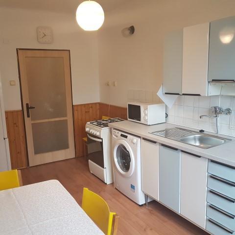 Reality 2-izbový byt byt, Bratislava, Nové Mesto, Halašova