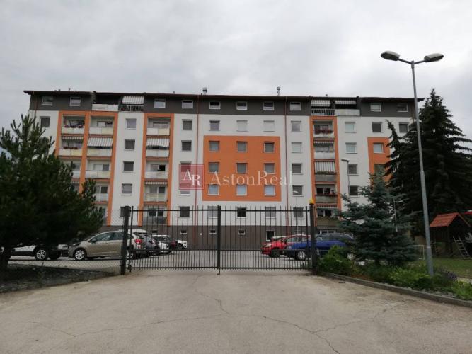 Reality Predaj: Pekný 1 izbový byt v novostavbe s parkovacím miestom,37,5m2,ZV