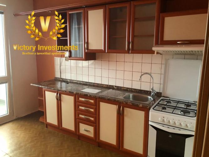 Reality PRENÁJOM - Veľký 3 izbový byt Tatranská