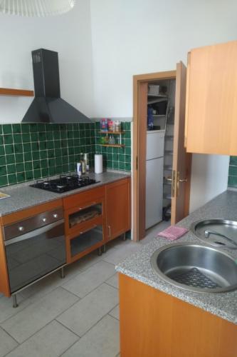 Reality 2-izbový byt byt, Bratislava, Staré Mesto, Heydukova