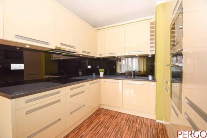 Reality Zariadený 3-izbový byt s balkónom v Jégého aleji