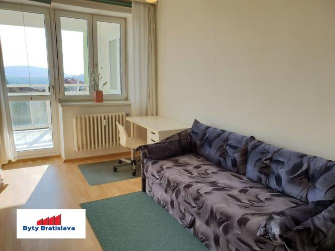 Reality RK Byty Bratislava ponuka na prenajom zariadeny 2 izbovy byt, ul. Svetla, Bratislava-Stare Mesto