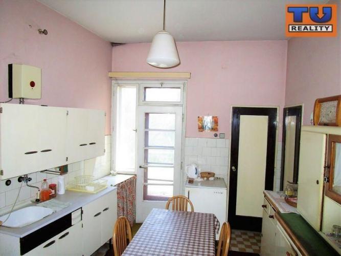 Reality Veľký 3 izbový byt v centre mesta Ružomberok. , cena : 90 000 €