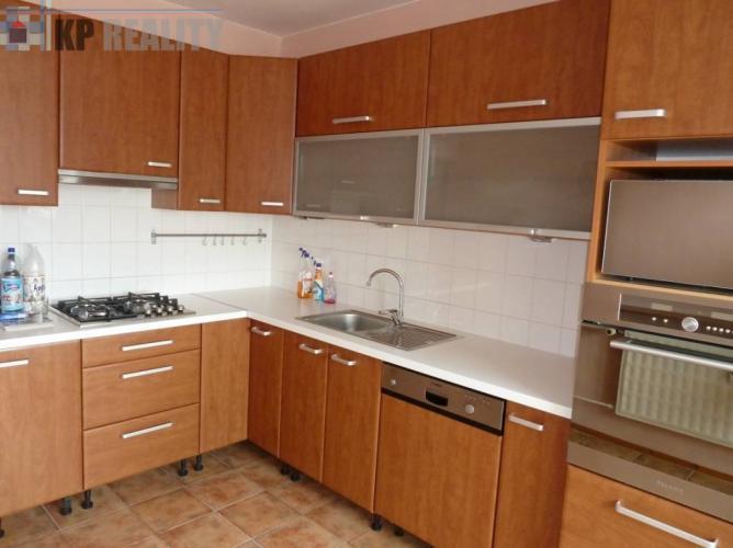 Reality 3 izbový byt, prerobený, 69 m2, Prievidza, Sever
