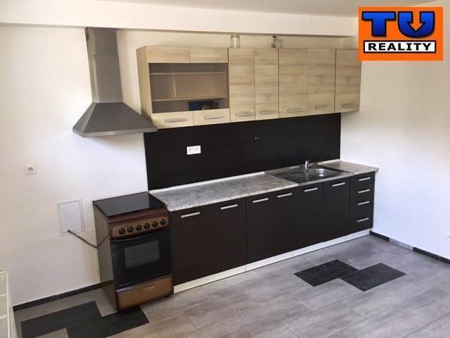 Reality Na predaj 2-izbový byt v obci Mlynica. CENA: 62 950,00 EUR
