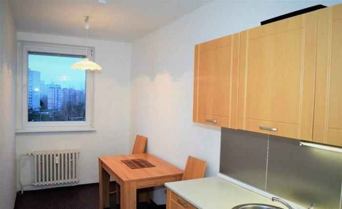Reality Na predaj 3 izbový byt na začiatku Petržalky