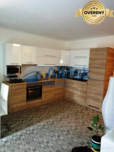 Reality Pekný 2 izbový byt s terasou vo Vila Lujza ma prenájom
