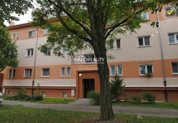 Reality Predaj, dvojizbový byt Komárno, Super ponuka- kompletná rekonštrukcia - ZNÍŽENÁ CENA - EXKLUZ