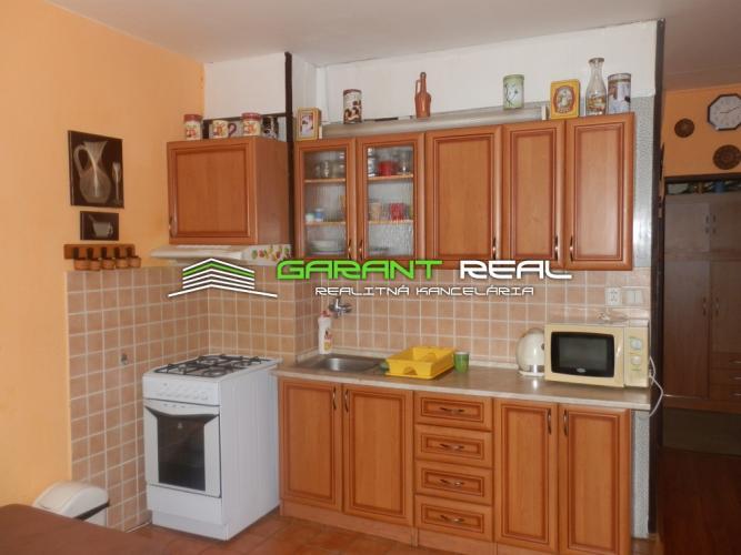 Reality GARANT REAL - na predaj 2 izbový byt s balkónom na Sídlisku III, 53 m2, Prešov