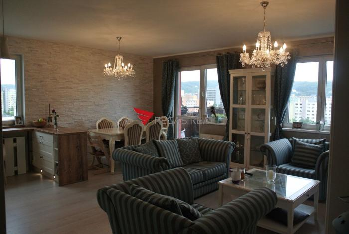Reality Na prenájom krásny 3 izbový byt v mestskej časti Dúbravka s parkovacím miestom