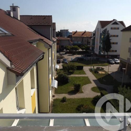 Reality Na prenájom 3 izbový byt, 72 m2 Malé námestie,Malacky
