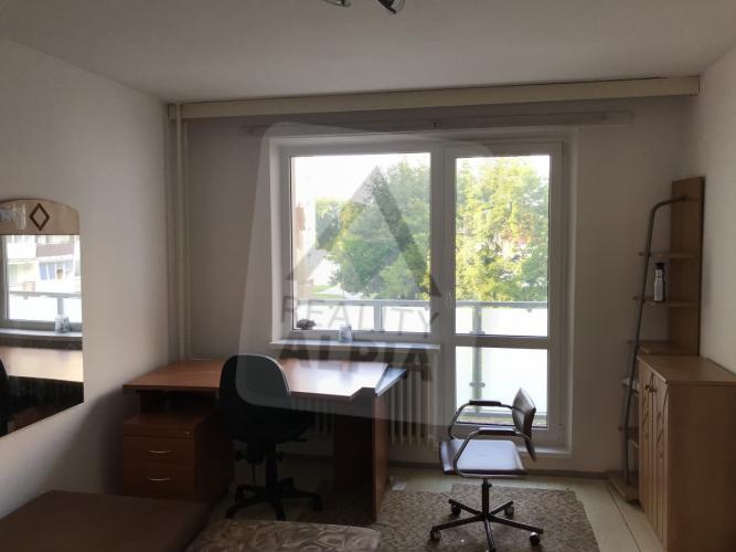 Reality 3-izbový byt byt, Michalovce, Východ, J.Hollého (časť Východ)