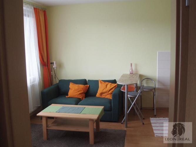 Reality 2-garsónka, 48 m2, DVE LOGGIE, BA V - Petržalka, Šustekova ulica