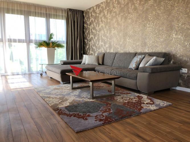 Reality Nadštandardne vybavený 3 izbový byt v novostavbe v Karlovej vsi