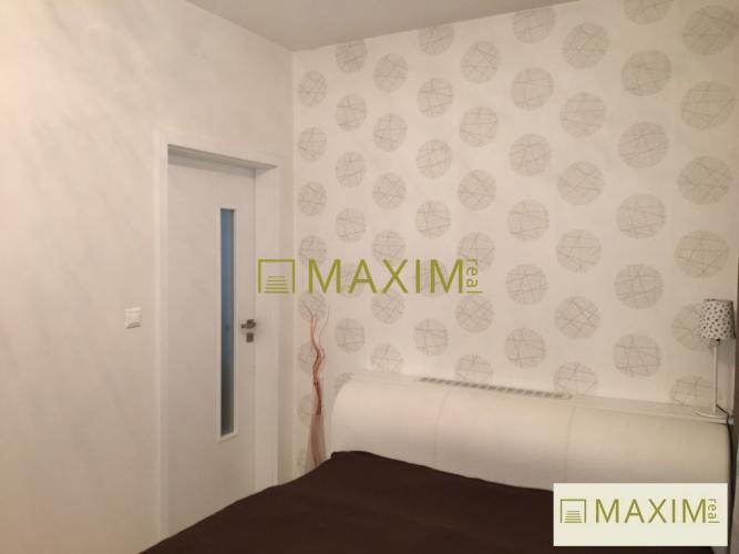 Reality 2 izbový byt s vlastnou terasou a predzáhradkou v luxusnom komplexe Melrose Rusovce