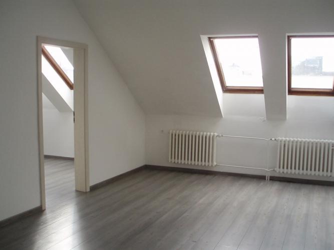 Reality BONIT REAL - Prenájom 3i bytu v centre mesta Pezinok, vhodného aj na podnikanie (kancelárie).