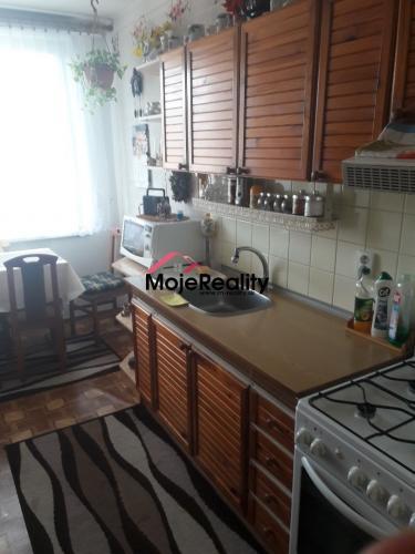 Reality Trenčín /JUH – 3 + 1 izb. byt na predaj  - čiastočná rek.