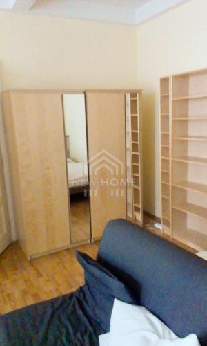 Reality ŠAFARIKOVO NÁM. - 1 izb. byt na Klemensovej ul. oproti OC EUROVEA, VOĽNÝ od 15.9.