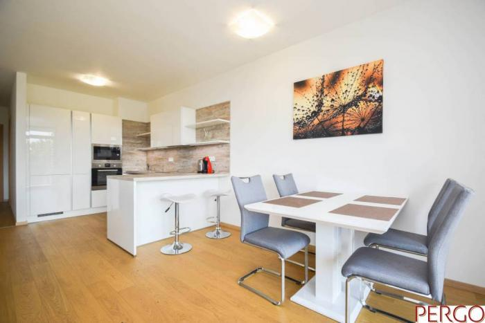 Reality 2-izbový byt v novostavbe s výhľadom na Dunaj