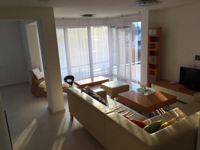 Reality Pallas  PRENÁJOM luxusného 3-izb. bytu s terasou v lokalite LODENICA