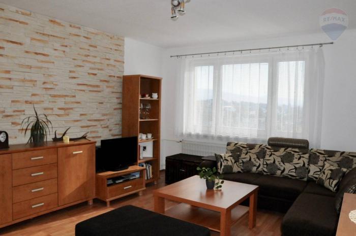 Reality Zrekonštruovaný 2- izbový byt s lodžiou