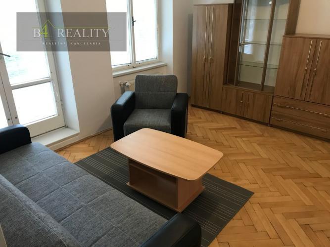 Reality Byt 2 + 1, čiastočná rekonštrukcia, 64 m2, Trenčín, ul. 28. októbra
