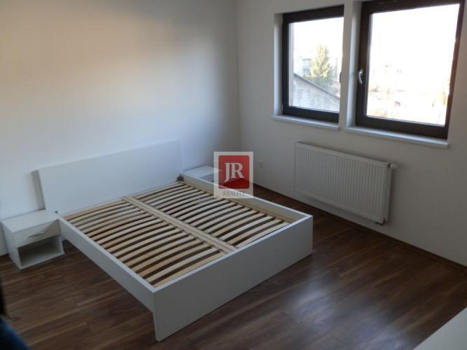 Reality Moderný 2i byt s parkingom - úplne nový - zariadený - Žilina - centrum