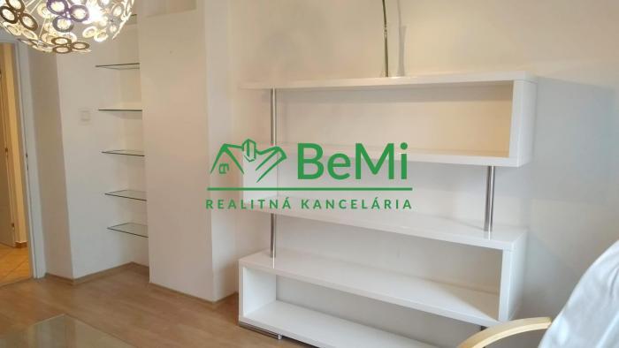 Reality Na prenájom 2-izbový byt, Kalvária, Nitra (314-212-LUB)