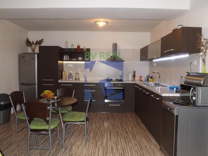 Reality BV REAL predaj 3 izbový byt 103 m2 Handlová okres Prievidza 158080