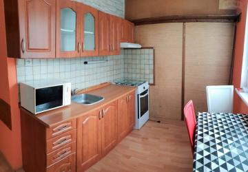 Reality Znížená cena ! 2 - izbový byt po čiastočnej rekonštrukcii