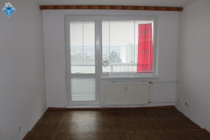 Reality Na predaj 2 izbový byt v pôvodnom stave na ulici Buzulucká, Košice - Dargovských hrdinov (lodž