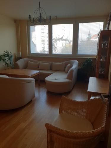 Reality BA I.1 izbovy byt na Tichej ulici