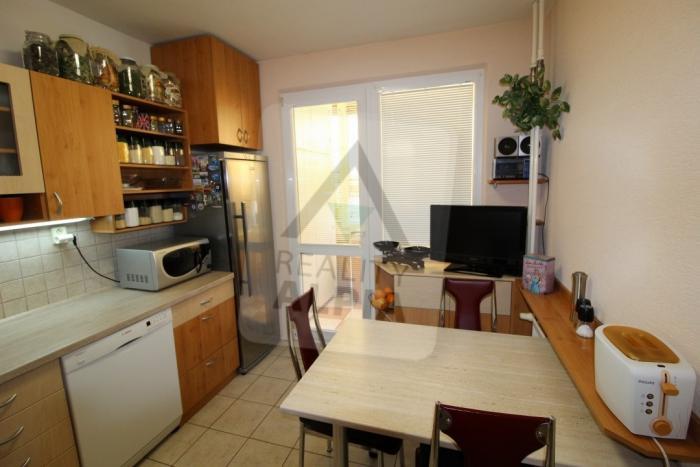 Reality 3-izbový byt byt, Liptovský Mikuláš, Podbreziny, Hradišská