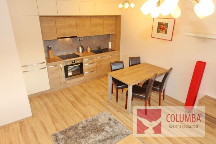 Reality veľký, luxusný, ALL INCLUSIVE vybavený 2i byt v širšom centre