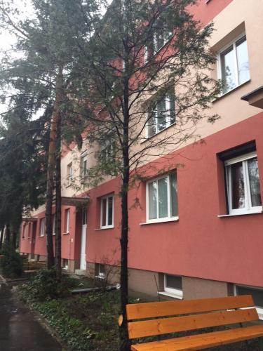 Reality Prenájom 3 izbový byt, ulica 1.mája, balkón, Malacky