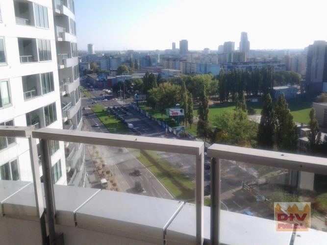 Reality Prenájom: 3 izbový byt, Bajkalská ulica, III veže, Bratislava II, Ružinov, zariadený, loggia,