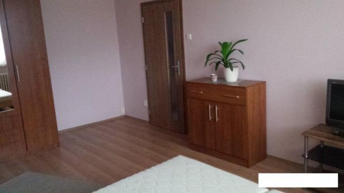 Reality Prenájom útulný 1 izbový byt, ulica Homolova, zariadený, Dúbravka