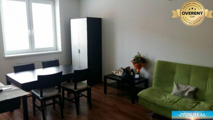 Reality 2 izb. byt na Veltlínskej ulici - PEZINOK