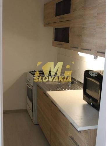 Reality Na prenájom krásny, zrekonštruovaný 1-izbový byt,  BA IV - Dúbravka